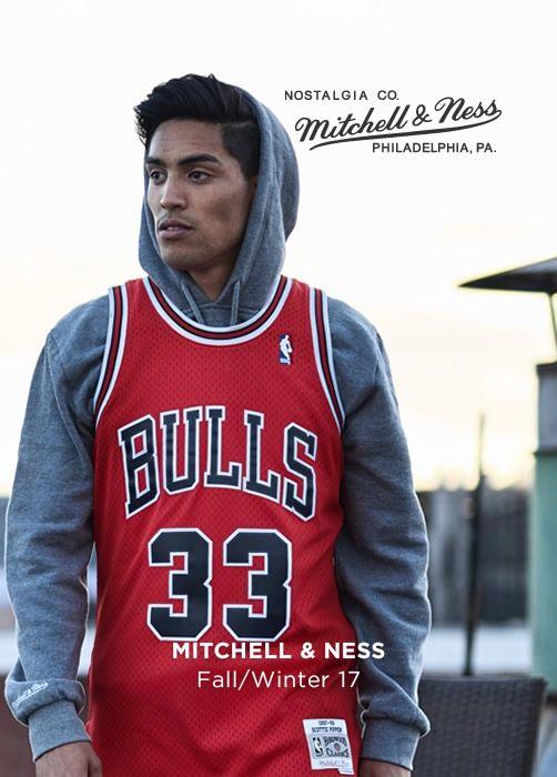 MITCHELL & NESS Fall/Winter 17
