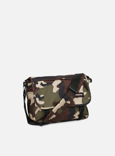 accessori eastpak delegate shoulder bag camo