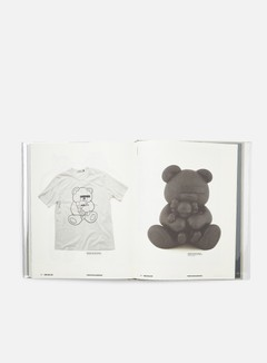 Rizzoli New York - Kaws 6