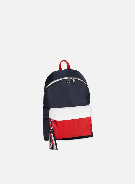 TOMMY HILFIGER Tommy Jeans Logo Backpack € 69 Backpacks  52441073ecc83