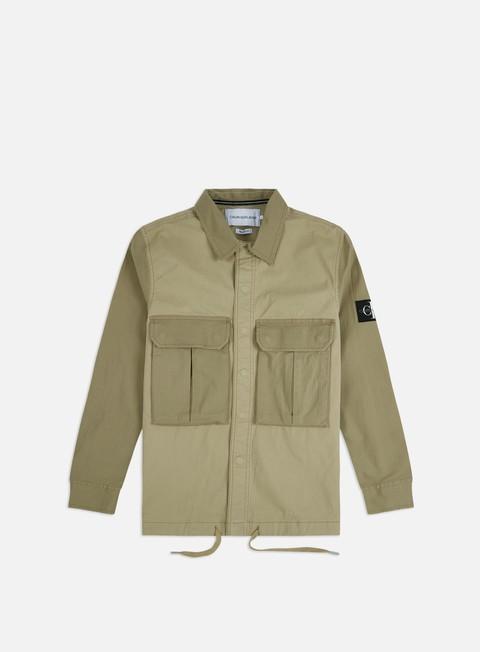 Outlet e Saldi Camicie a Manica Lunga Calvin Klein Jeans Material Mix Utility LS Shirt