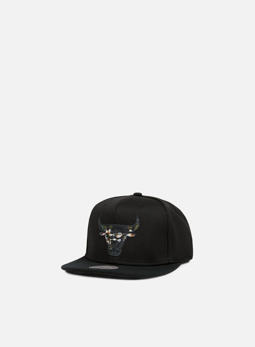 Mitchell & Ness - Floral Infill Snapback Chicago Bulls, Black