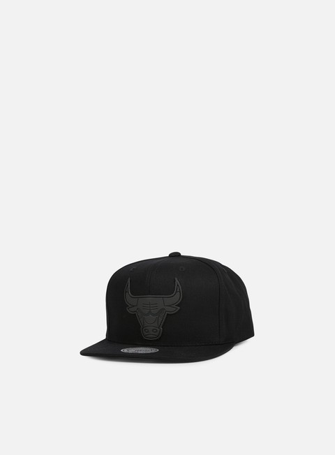 cappellini mitchell e ness hot stamp snapback chicago bulls black