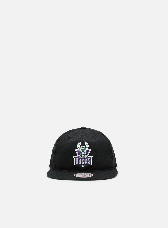 Mitchell & Ness Team Logo Deadstock Throwback Snapback Milwaukee Bucks