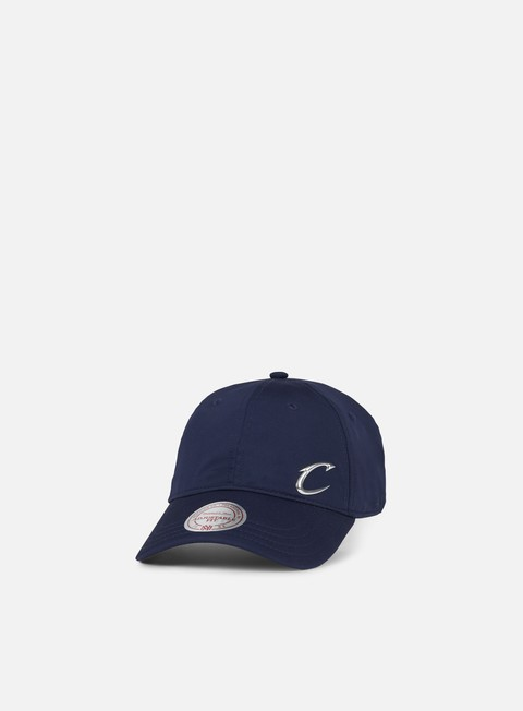 Curved Brim Caps Mitchell & Ness Victory Strapback Cleveland Cavaliers