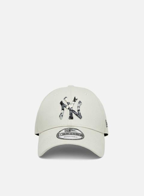 Curved Brim Caps New Era Camo Infill 9Forty Strapback NY Yankees