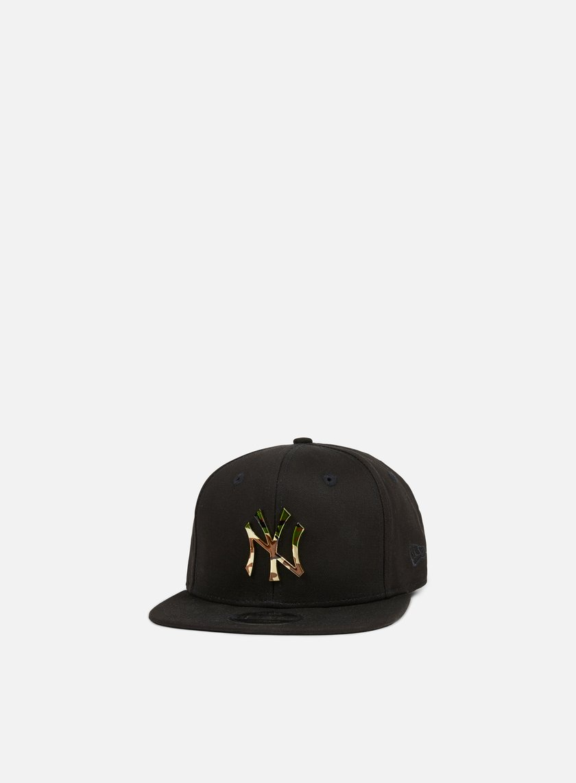New Era - Camo Metal Logo Snapback NY Yankees, Black/Woodland Camo