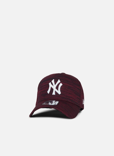 Curved Brim Caps New Era Engineered Fit Snapback NY Yankees