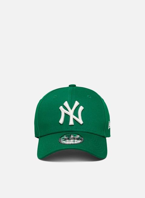 Cappellini con visiera New Era League Essential 9Forty Strapback NY Yankees