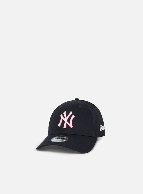 Outlet e Saldi Cappellini Visiera Curva New Era League Essential 9Forty Strapback NY Yankees