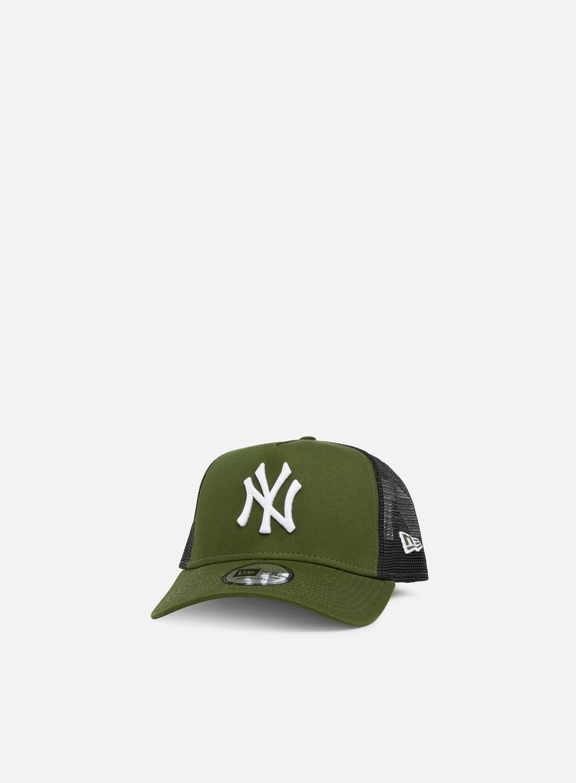 NEW ERA League Essential Trucker NY Yankees € 13 Curved Brim Caps ... d5a66705d5e6
