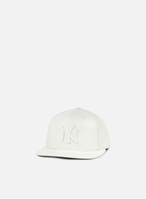 Outlet e Saldi Cappellini Snapback New Era Leather Perforated Snapback NY Yankees