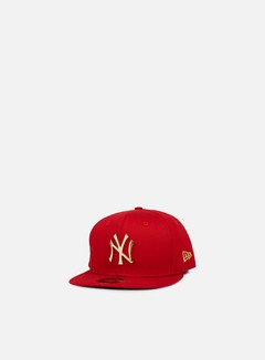 New Era - MLB Metal Badge Snapback NY Yankees, Scarlet