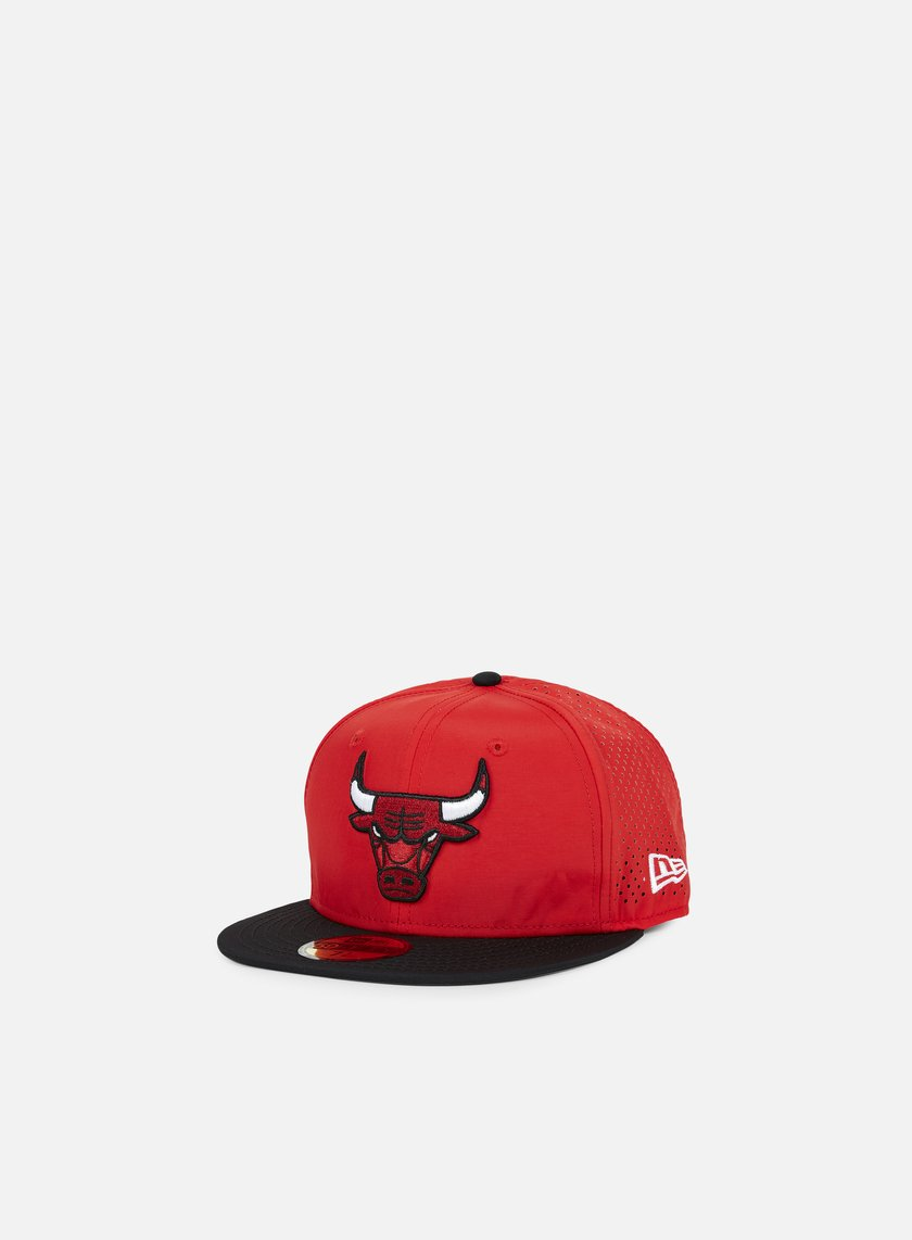 New Era - NBA Sports Perforated Chicago Bulls, Black/Team Colors