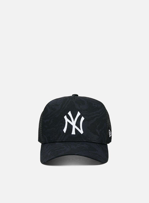 New Era NE Seasonal Camo Trucker NY Yankees