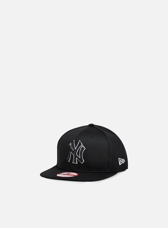 New Era - Outline Mesh Snapback NY Yankees, Black/Black