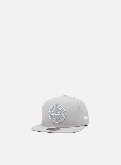 Outlet e Saldi Cappellini Snapback New Era Rubber Emblem Snapback NY Yankees