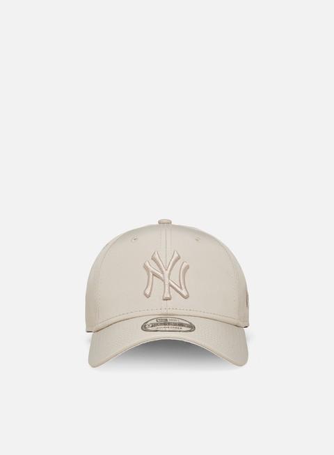 Cappellini con visiera New Era Tonal 9Forty NY Yankees Strapback