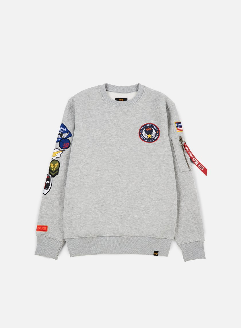 77e6e5b30da80 ALPHA INDUSTRIES Patch Crewneck € 79 Crewneck Sweatshirts