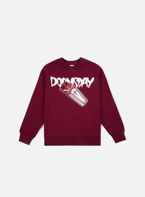 felpe doomsday deadpack crewneck burgundy