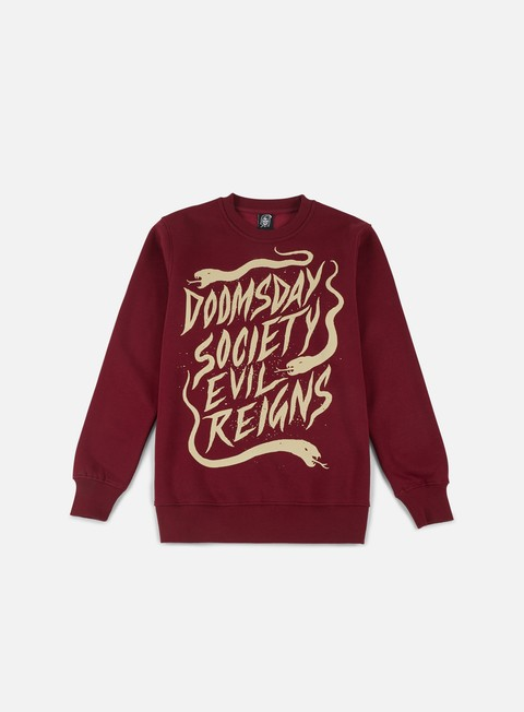 felpe doomsday dusty snakes crewneck burgundy