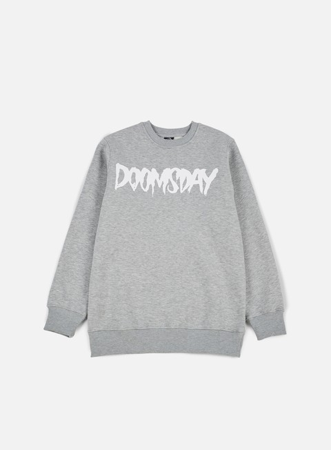 felpe doomsday logo crewneck sport grey white