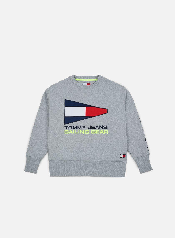 78efa0357 TOMMY HILFIGER TJ 90s Sailing Logo Crewneck € 65 Crewneck ...