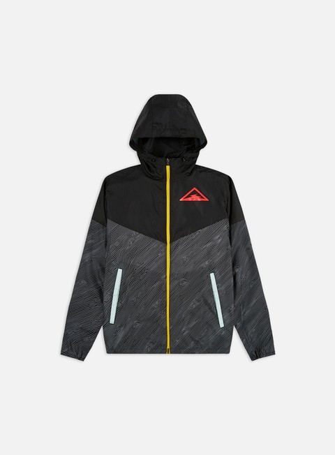 Windbreaker Nike Hooded Trail Running Jacket