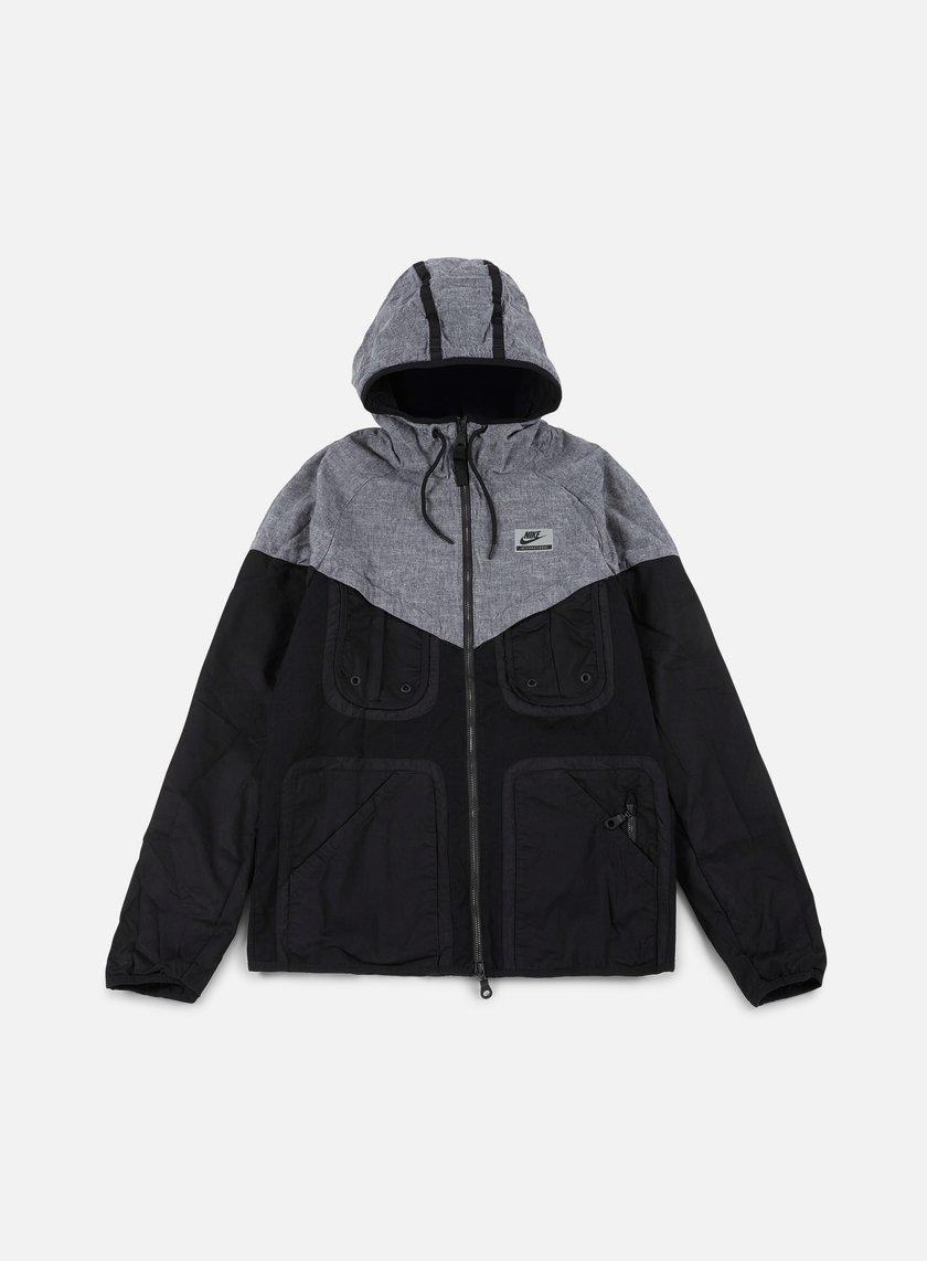 Nike - International Windrunner, Black/Grey