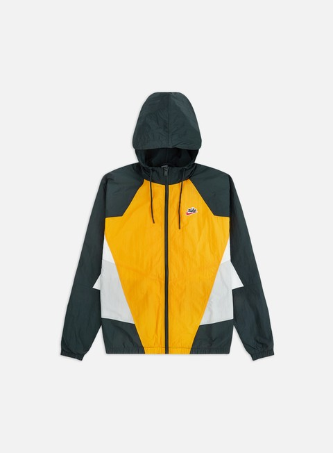 Light Jackets Nike NSW HE WVN Signature Windrunner