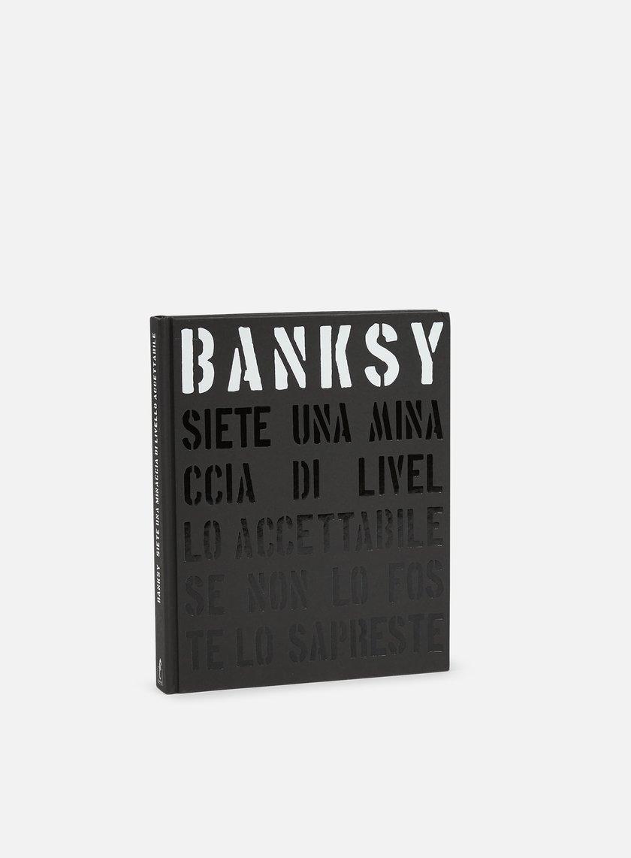 Banksy > Siete Una Minaccia Di Livello Accettabile
