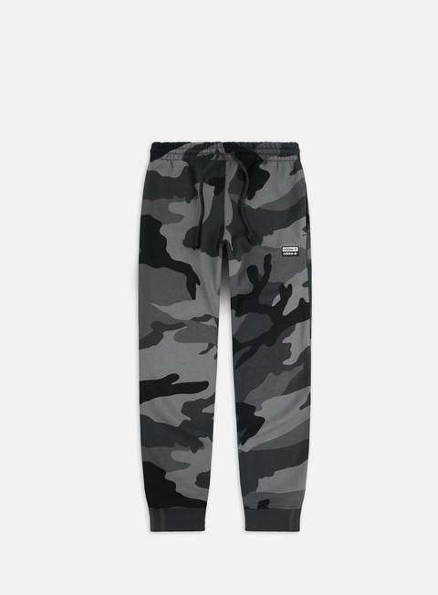 Sweatpants Adidas Originals R.Y.V. Camouflage Sweatpant