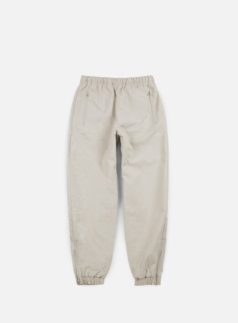 pantaloni adidas originals wind pant clear brown melange