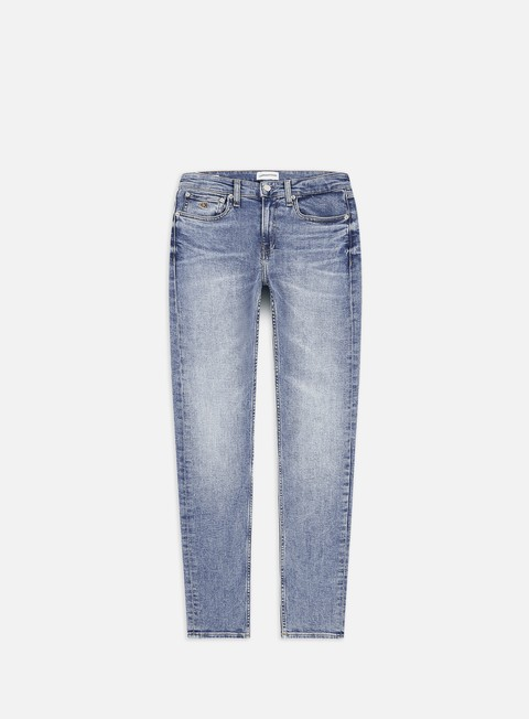 Outlet e Saldi Pantaloni Lunghi Calvin Klein Jeans CKJ 058 Slim Taper Pant
