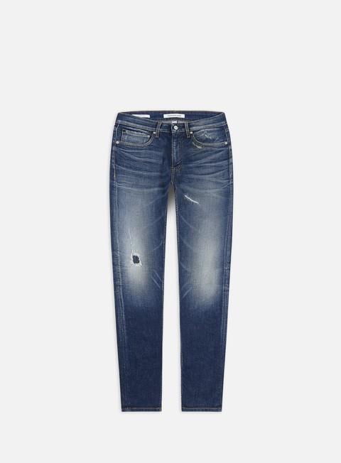 Outlet e Saldi Pantaloni Lunghi Calvin Klein Jeans CKJ 058 Slim Taper Pants