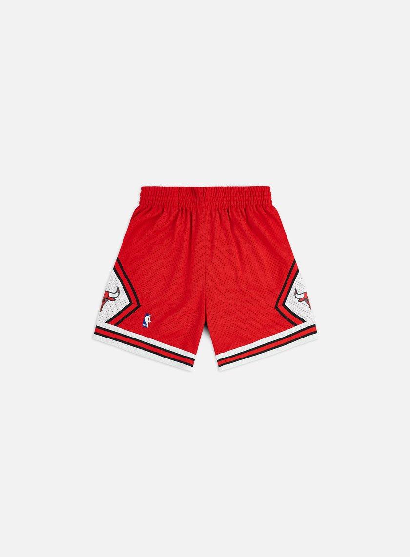 MITCHELL   NESS Swingman Shorts Chicago Bulls € 41 Shorts  4954381f35c4