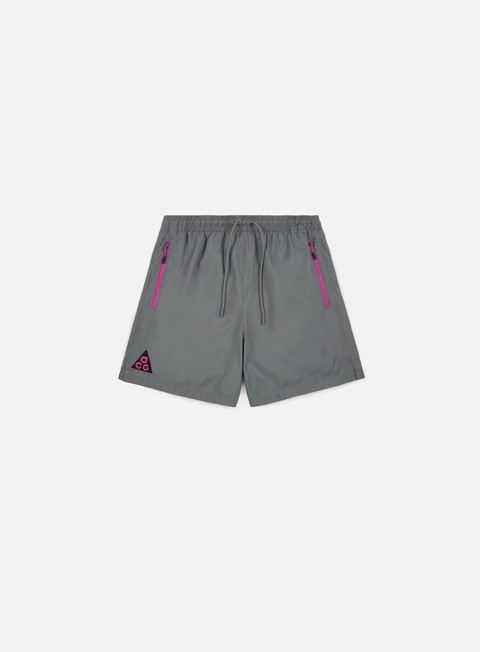 pantaloni nike acg woven short cool grey antracite hyper magenta