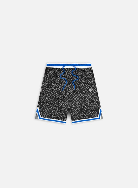 Training shorts Nike Seasonal DNA Shorts