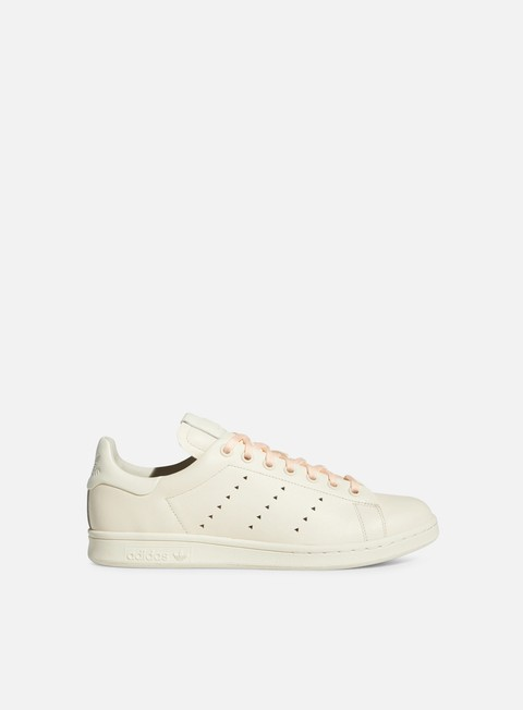Outlet e Saldi Sneakers Basse Adidas Originals Pharrell Williams Stan Smith