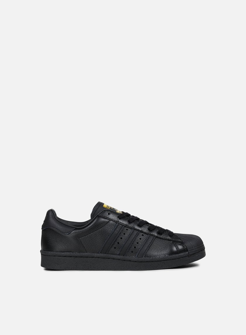 Adidas Originals - Superstar Boost, Core Black/Gold Metal