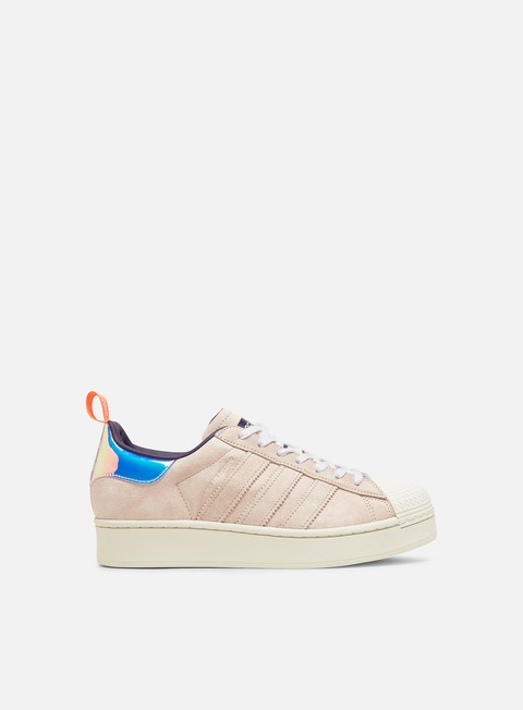 Low Sneakers Adidas Originals WMNS Superstar Bold