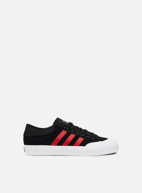 sneakers adidas skateboarding matchcourt black scarlet white