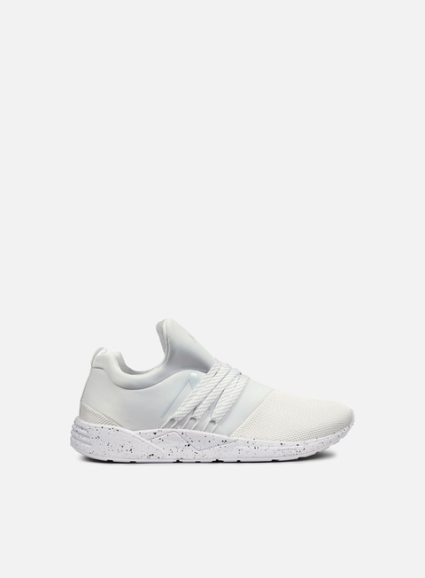 sneakers arkk raven white spray perforated