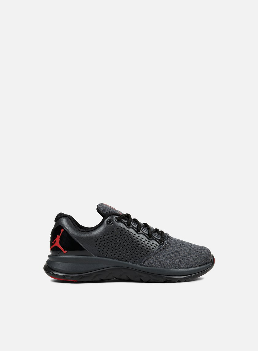 Jordan - Trainer ST Winter, Black/Gym Red/Anthracite