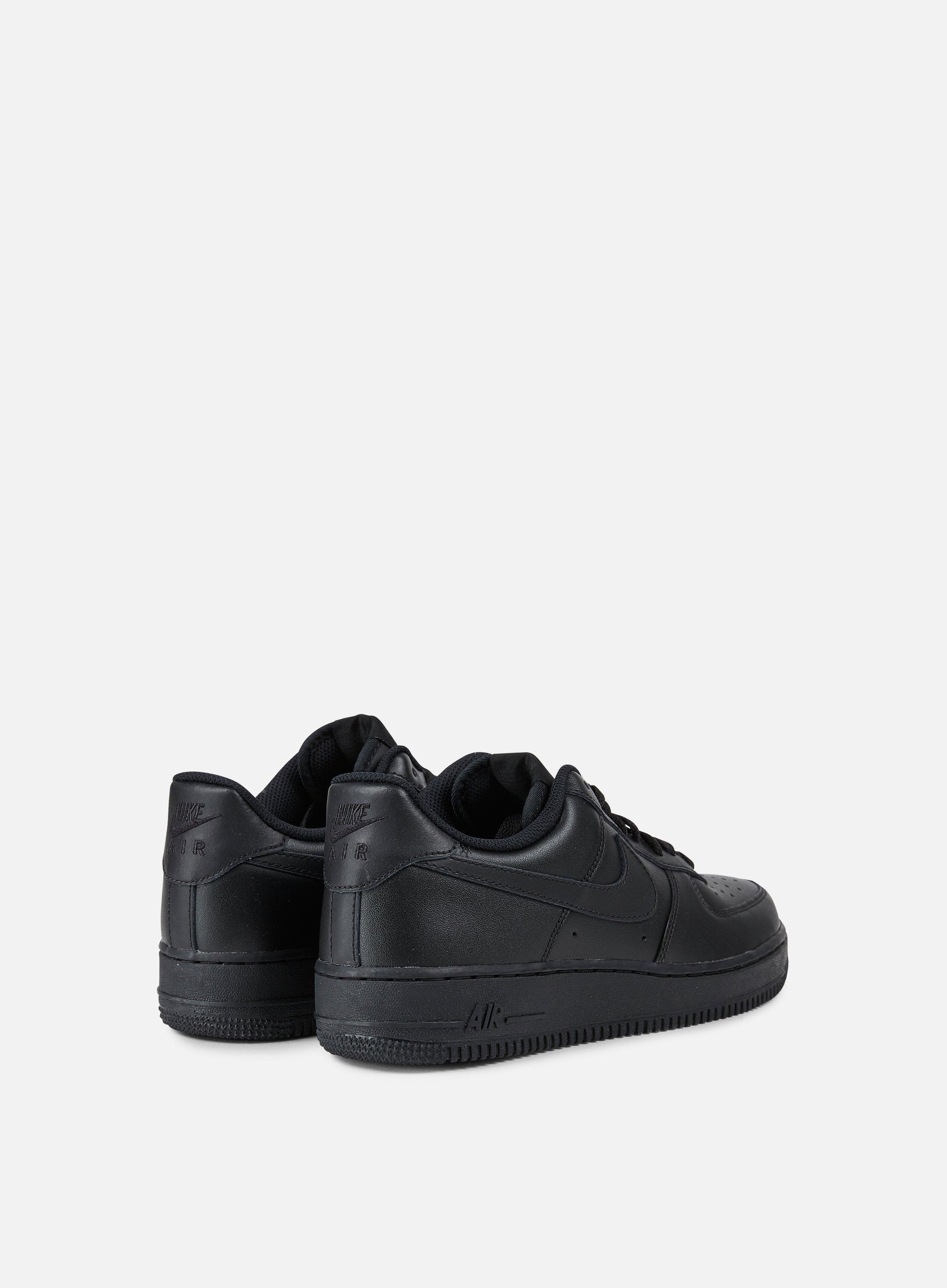 Nike Air Force 1 07 Men, Black Black Black | Graffitishop