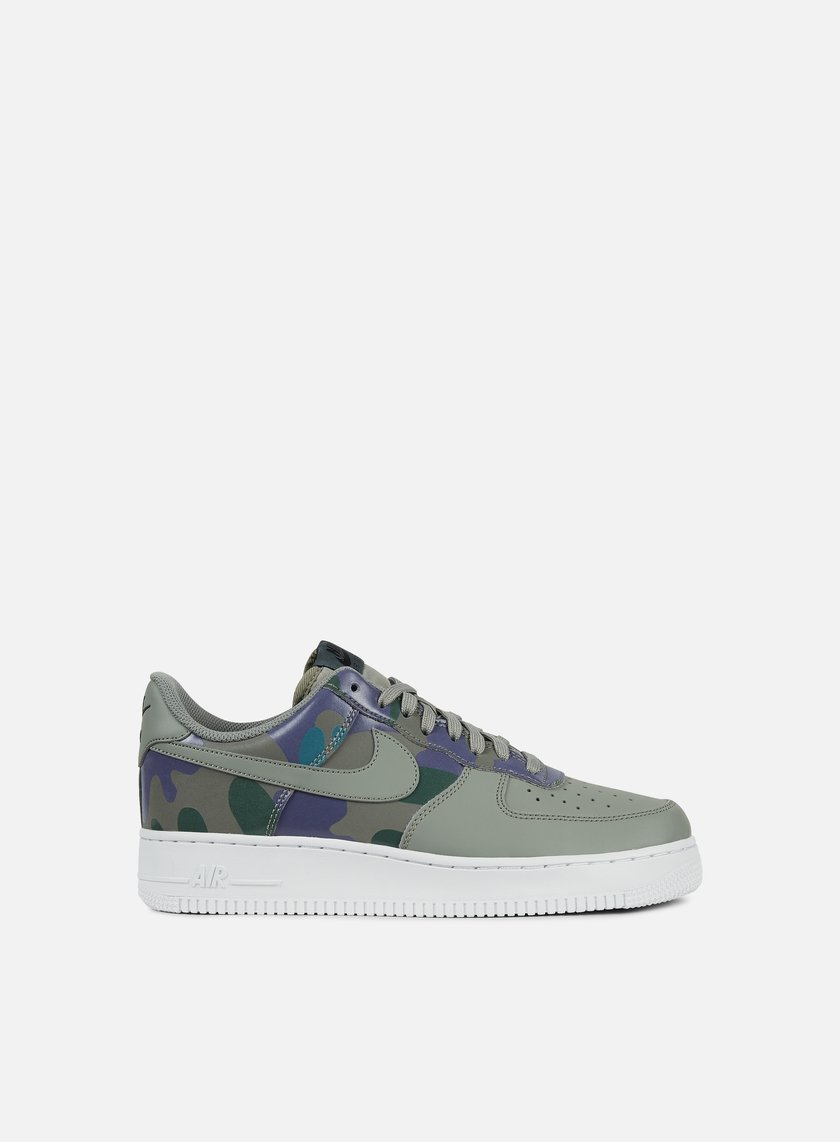 cheap for discount 817b1 16aa0 Nike Air Force 1 07 LV8