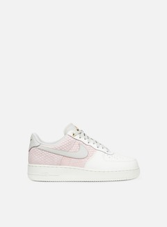 Nike - Air Force 1 07 LV8, Sail/Light Bone/Metallic Gold 1