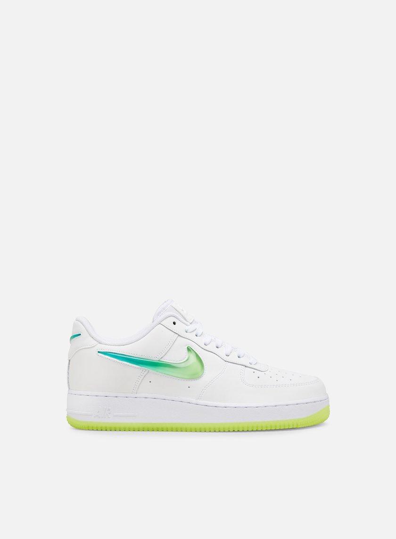 2d89b0b739833 NIKE Air Force 1 07 PRM 2 € 129 Low Sneakers | Graffitishop