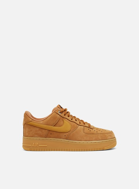 Low Sneakers Nike Air Force 1 07 WB