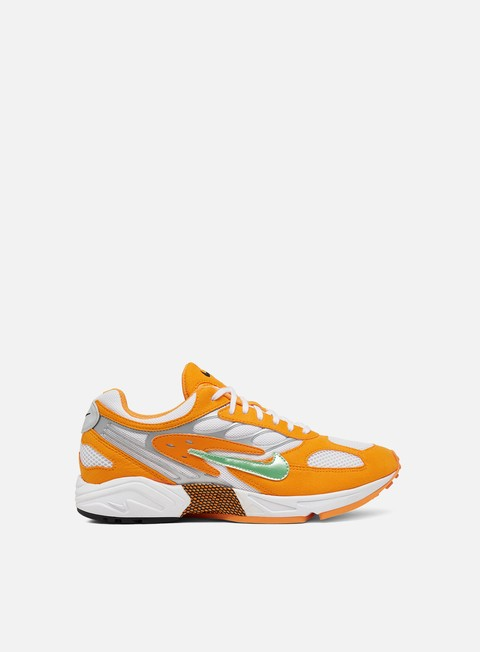 Low Sneakers Nike Air Ghost Racer
